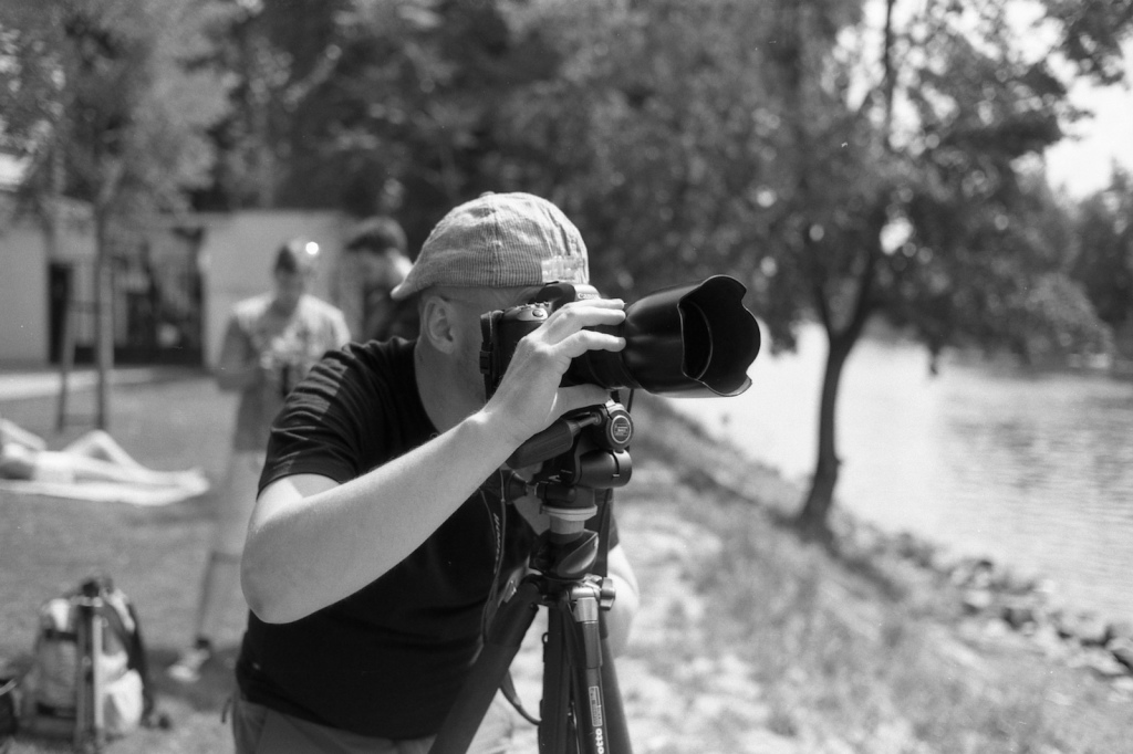 Mířím foťákem na most Legií ze Střeleckého ostrova.