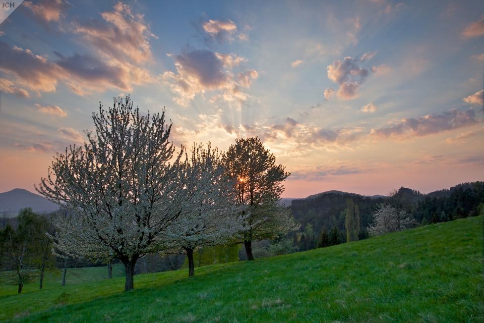 Západ slunce na Křížovém vrchu