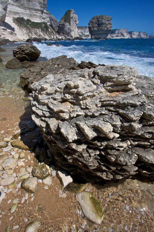 Kameny na pobřeží