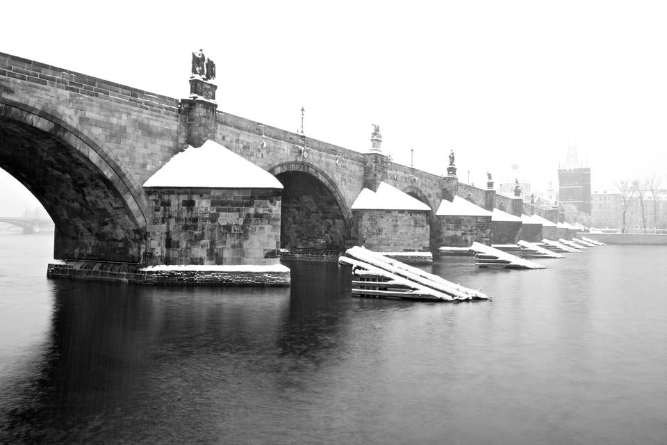 Chumelenice uKarlova mostu