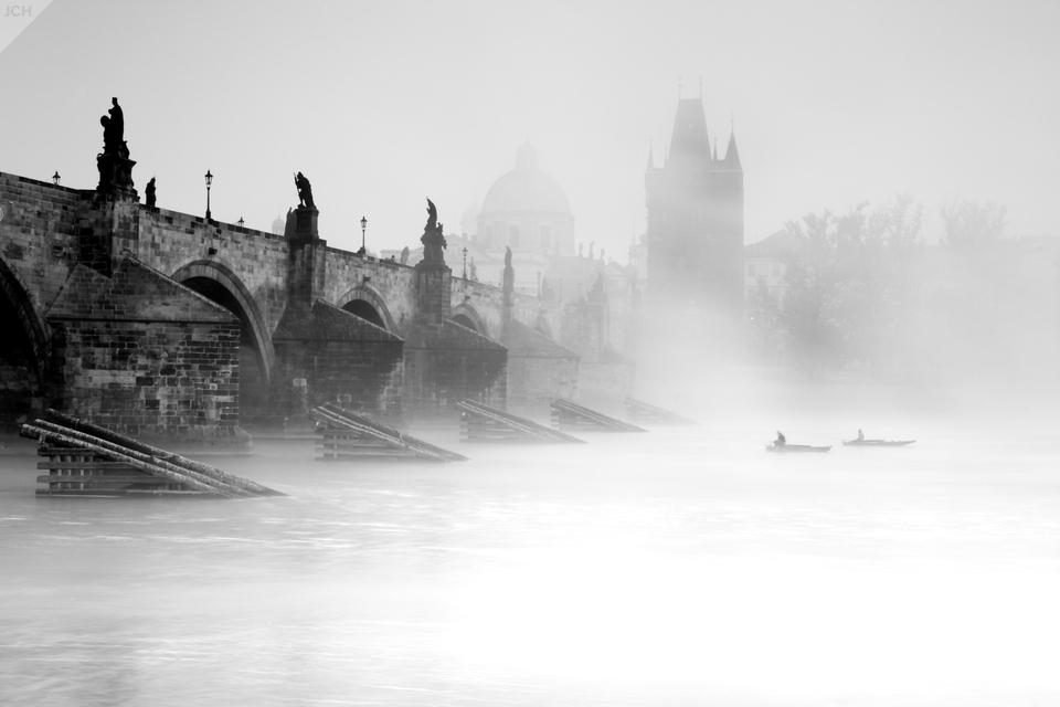 Karlův most vmlze