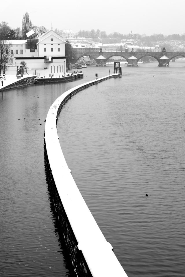 Oblouk na Vltavě