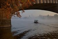Pod mostem Legií